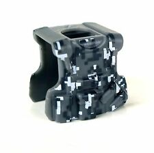 Camo B20 (W286) Tactical Army Vest compatible with toy brick minifigure