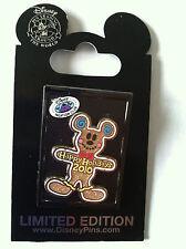 Disney WDW Mickey Merry Member Mixer 2010 Gingerbread DVC Pin MOC