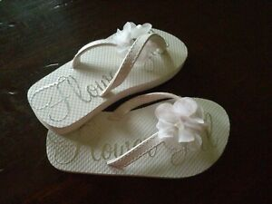 Flower Girl Flip Flops White Size 4 Wedding Bridal Shoes Little Girl Sandals EUC