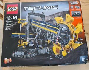 LEGO Technic Bucket Wheel Excavator (42055) - opened, part assembled