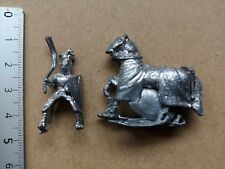 MOUNTED KNIGHT MEDIEVAL  25MM METAL MINIATURE P233