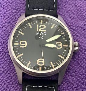 Military Watch Company 40mm Aviator quartz watch