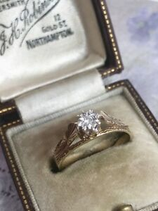 Vintage 9ct Yellow Gold Patterned Diamond Solitaire Ring Size N1/2