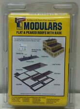 Walthers Cornerstone N Scale Modulars - Flat & Peaked Roofs with Base