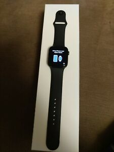 Apple Watch Series 5 44mm Space Grey Aluminium Case GPS + Cellular