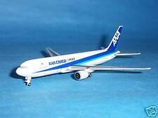 Hogan ANA B 767-300F (JA604F) 1:500