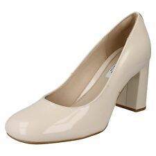NEW CLARKS GABRIEL MIST NUDE PATENT LEATHER SHOE UK SIZE 8D