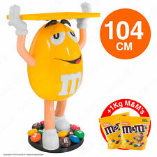 M&M's Character Yellow Espositore da 104cm con 1Kg di M&M's alle Arachidi