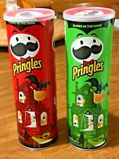2 Pringles Glow In the Dark Collectible Halloween 🎃 Cans Limited Edition L@@K