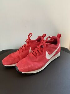 Nike MD Runner 2, Women's Size 7, Pink Running Shoes (916797-600)