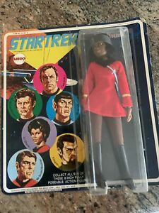 vintage 1974 MEGO Star Trek Lt. Uhura 6 portrait card front  purple name rare