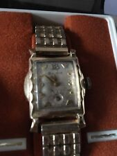 BULOVA LEXINGTON Automatic Accutron Wristwatch Vintage Acrylic Crystal 10k