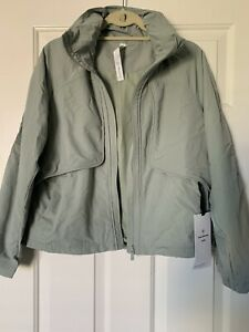 NWT Lululemon Always Effortless Jacket Green Fern size 8