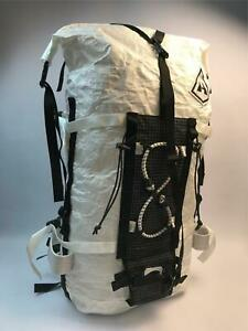 Hyperlite Dyneema White Large Mountain Gear 2400 Ice Pack Climb Backpack NEW