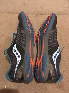 Saucony Men's Kilkenny XC7 Spike Running Shoes Size 9.5 blue Gray used
