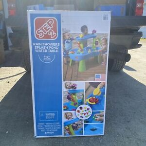 Step2 Rain Showers Splash Pond Water Table with 13pc accessory set