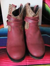 INDEPENDENT BOOT COMPANY LADIES RED/LEOPARD SLIP ON BOOTS BRAND NEW SIZE 9M ROUN