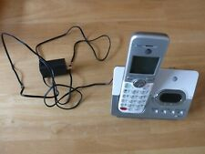 AT&T EL52303 WHITE SILVER  PHONE BASE STATION AND PHONE.