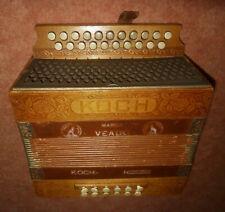 Akkordeon Koch ( später Hohner ) 12 Bässe Ton C/F ca. Alter ca.100 Jahre