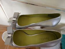 Boden silver  8 US  leather shoes pumps wooden hills
