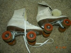 Vintage Betty Lyttle Hyde Women's Chicago White Roller Skates   Sz 4