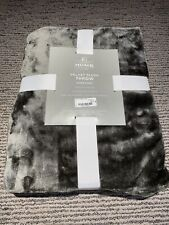 "Velvet Plush Solid Throw Blanket 50""x 70"" Gray"