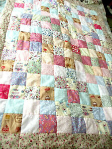 """HAND MADE PATCHWORK QUILT LIGHTLY PADDED 40"""" X 55""""SINGLE BED SIZE.PASTEL SHADES"""