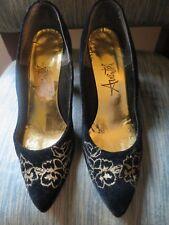 Vintage Black Velvet Gold Floral Women's Shoes Pumps Size 7 1/2 B