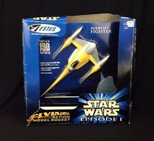 Vintage Estes Star Wars Episode 1 E1 Naboo Fighter Flying Action Model Rocket