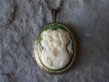 *SISTERS, MOTHER/DAUGHTER, GENERATIONS CAMEO LOCKET - ANTIQUED BRONZE!! QUALITY