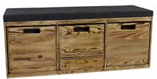Praktische, gepolsterte Sitzbank mit 3 Kallax Holzkisten in geflammter Optik