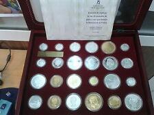 ESPAÑA Fabrica Nacional Moneda. HISTORIA de la PESETA. Arcón 24 piezas Plata.