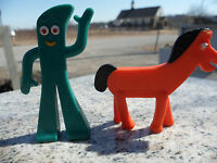 Lot of 2 Small Bendable Plastic Gumby & Pokey Toy Figures Prema Jesco Hong Kong