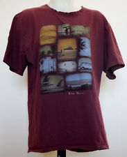 """Pacific Creations """"Hilo Hawaii"""" Pictures Burgundy Red Men's S/S Shirt T-Shirt L"""