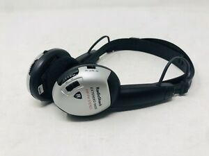 Radio Shack Extended Bass AM/FM Stereo Headset Radio Wireless Battery Operated