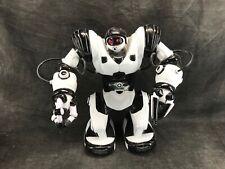 ROBOT ROBOSAPIEN X WOWWEE en état de marche Manque la télécommande