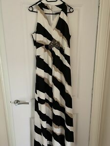 Long Holiday Dress By Julien Macdonald Size 16