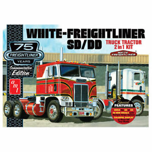 AMT 1/25 White Freightliner SD/DD Truck Tractor 2in1