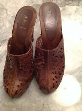 LASER CUT LADIES GLOG SANDALS SHOES BROWN LEATHER BENETTON SIZE 39