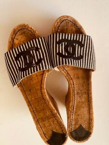 CHANEL CC Black & White Striped Mules Wedges Cork SZ 40  Great Condition