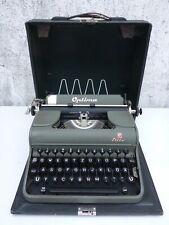 alte Schreibmaschine mit Koffer Optima Elite