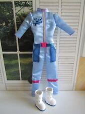 Muñeca Barbie Astronauta Mono y Botas