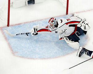 """Braden Holtby """"The Save"""" Washington Capitals - Unsigned 8x10 Photo"""