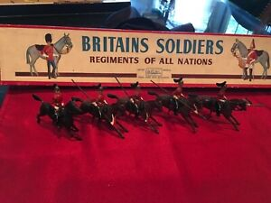 Britain's Soldiers #44 The Queen's Bays 2nd Dragoon Guard w/Lances 5 Pc. Box Set