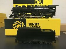 Sunset Models HO Santa Fe 4-8-2 3700 class 2 Dome, Oil Ten 1/150 Factory Painted