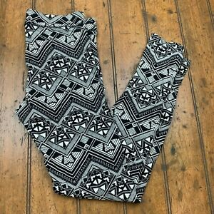 PINK Victoria's Secret Pull On Knit Legging Pants Womens Small Black Geometric