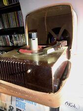 VINTAGE RCA Victor 45-EY 45 RPM DEBUT 40s Bakelite Turntable WORKS Record Player