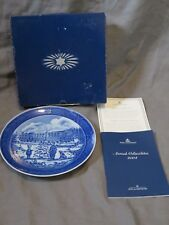 Royal Copenhagen Plate 2004 Awaiting The Christmas Train with Box & Coa Denmark
