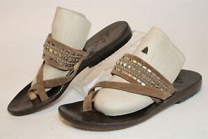 Calleen Cordero USA Made Womens 8 Brown Studded Suede Thongs Sandals Flats Shoes