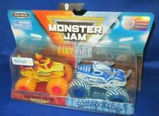 MONSTER JAM DOUBLE SPECIAL EDITION FIRE & ICE MONSTER MUTT HUSKY VS MONSTER MUTT